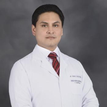 Dr. Alvaro Reyes